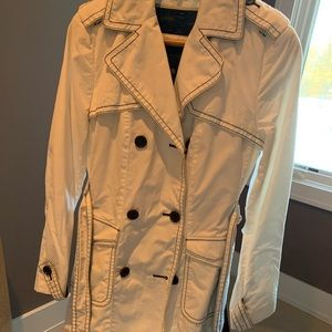 BCBG XS TRENCH PERFECT CONDITION
